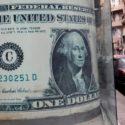 در جریان معاملات جمعه:دلار به عقب رانده شد.