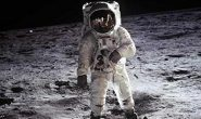 پرسش زنده پس از ۵۲ سال: پا گذاشتن نخستین انسان به کرۀ ماه، واقعیت یا افسانه؟
